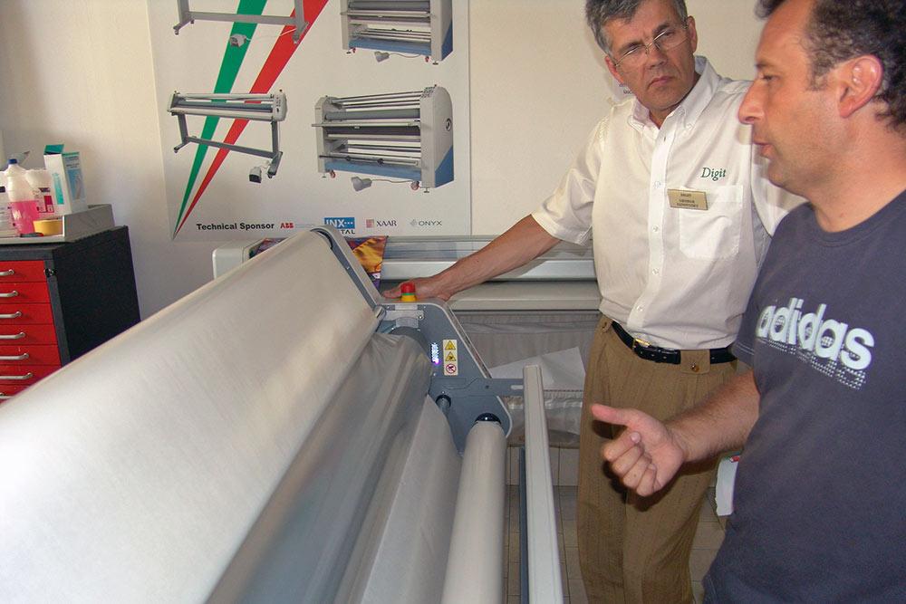 Neolt laminálógép oktatás (Bergamo, 2011)