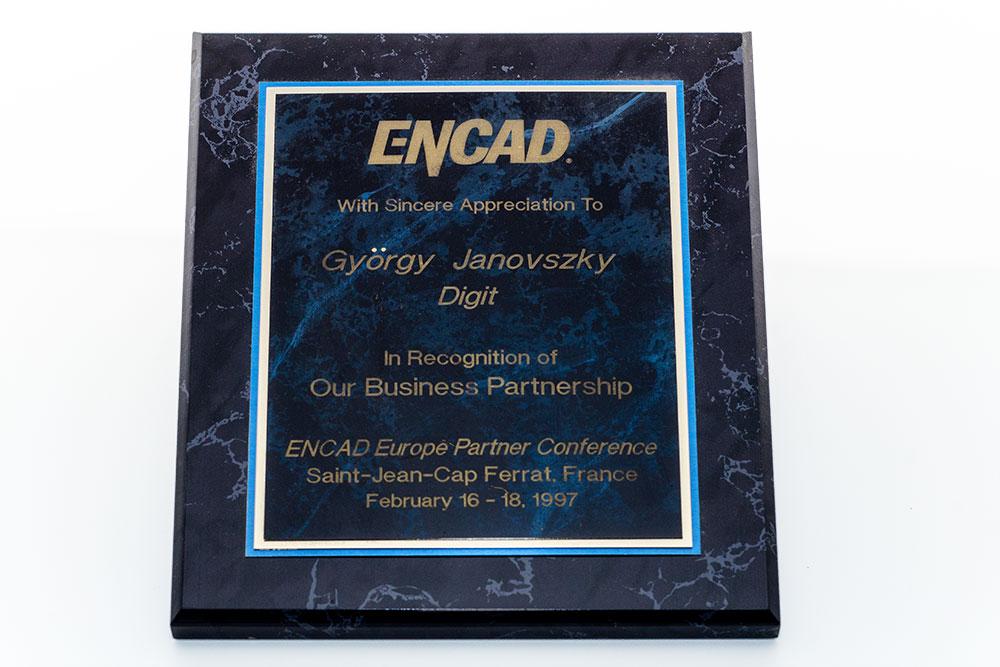 Encad partneri tábla (1997)
