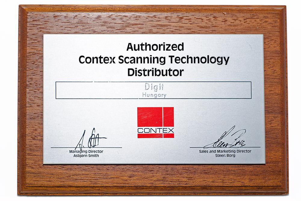 A Contex szkennerek hivatalos disztribútori plakettje (1991)
