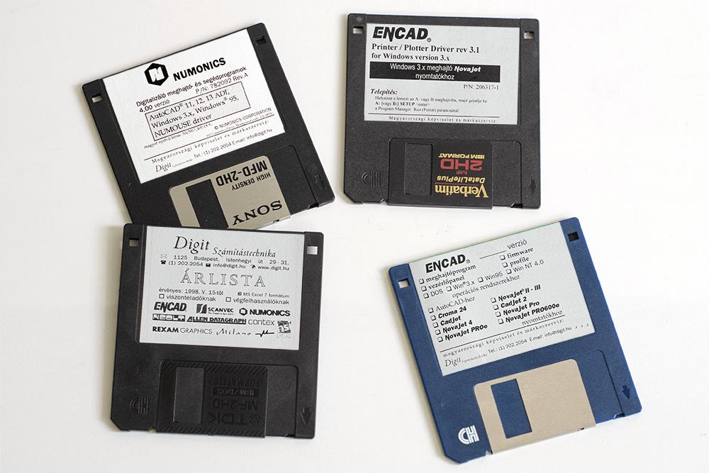 Digit árlista, meghajtóprogramok floppy lemezeken a kilencvenes évekből